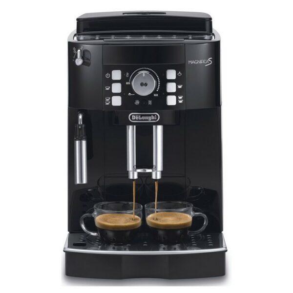 Značkový kávovar DeLonghi    AUTOMATICKÝ KÁVOVAR .  Kompaktný superautomatický kávovar